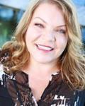 Photo of Kelly Webb